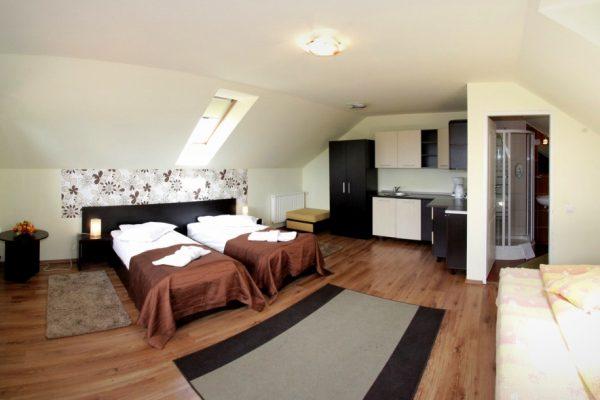 hotel-carmen-rooms-001