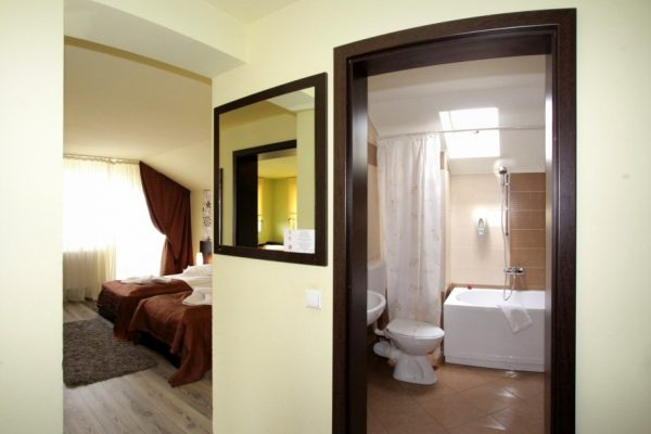 hotel-carmen-rooms-005