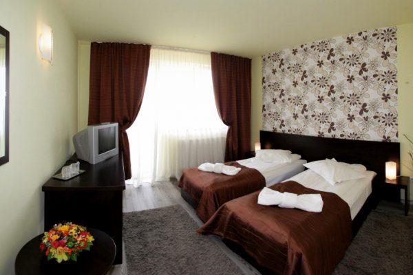 hotel-carmen-rooms-002